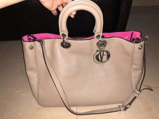 Dior bag not Chanel Lv gucci