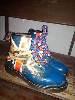 Sepatu Doc marten