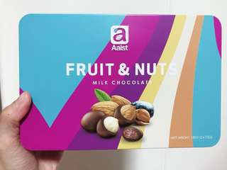 Aalst Fruit and Nuts Milk Chocolate