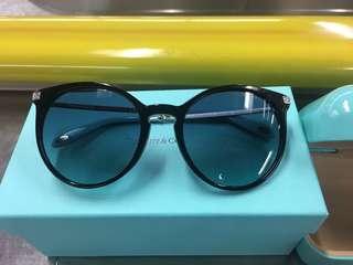 Tiffany & Co. sunglasses (原價$3100)有單據剛買
