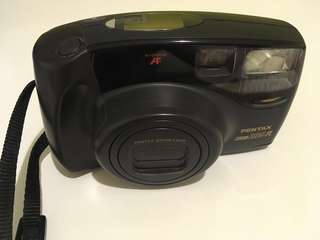 Pentax Zoom 105-R Film Camera
