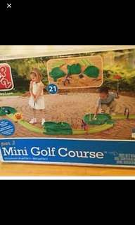 BNIB Step2 Par 3 Mini Golf Course (RP $149)