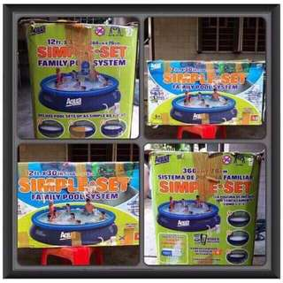 Aqua Family Inflated Pool 12Ft x 30Inc.  Used In Good Condition, For Pick Up Or Meet Up Only Due To Size & Weight Condition