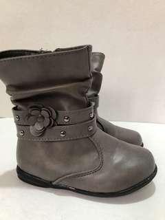 Preloved Girls Boots