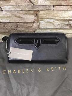 CHARLES AND KEITH Authentic Overrun Long Wallet