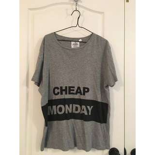 Cheap Monday grey t-shirt (L)