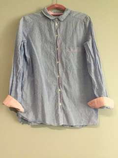 (USED) Light Blue with Pink Square Dots Shirt (Size 8)