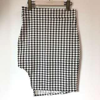 🚚 Choies千鳥紋短裙。貼身。性感。黑白。窄裙。開衩。