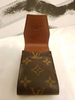 Lv cigarette box