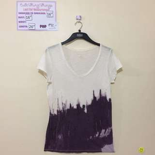 Banana Republic V Neck Tee - With stain / pls refer to pic