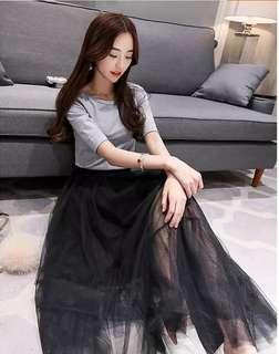 Long mesh skirt (floor length)
