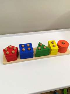 Colour and shapes sorting toys