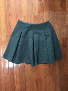 (USED) Zara Thick Gray Kilt-Like Skirt (Size S)