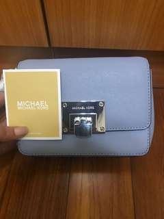 MK 手拿小包可側背 全新附購證