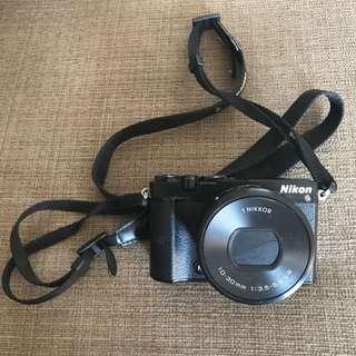 Preloved NIKON J5 Camera