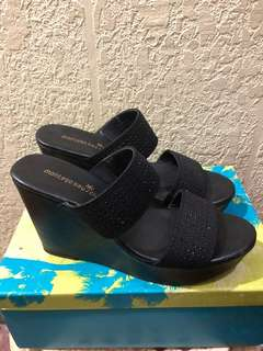 Montego Bay Club Black Wedge shoes