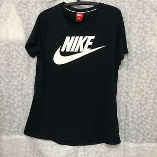 🚚 Nike黑色T恤