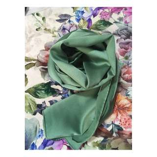 Wide Satin Shawl (Gliltter)
