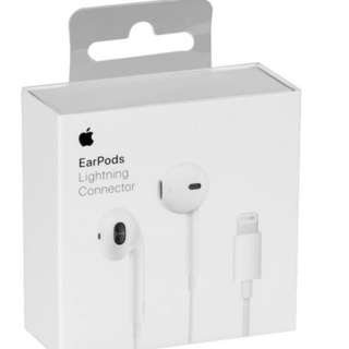 Apple EarPods with Lightning Connector for iPhone 7/8/X