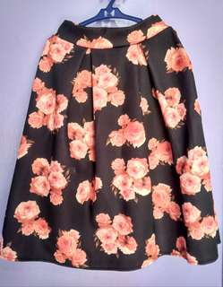 Floral Long Skirt - Black