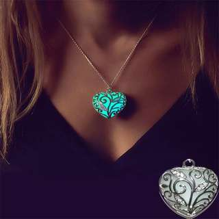 BN Fashion Glow In The Dark Heart Pendant Necklace