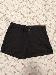 BNWT black cargo shorts