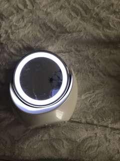 Ring Light Makeup Correcting Mirror