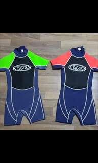 TYR兒童游水保暖衫/游泳保暖泳衣