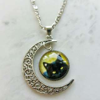 Black cat and moon necklace