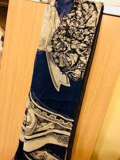 圍巾SOLO 黑色絲巾