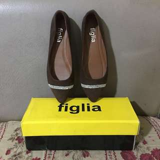 Figlia Studded Brown Flatshoes Size 8