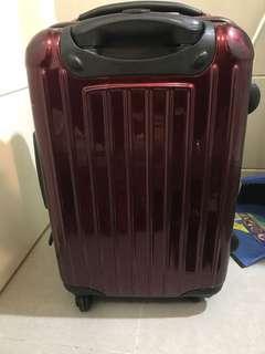 22吋行李箱/22吋喼