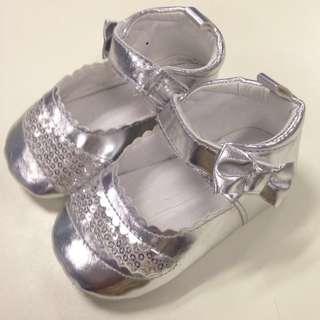 Preloved Enfant Baby Shoes (soft soled) PHP 100 na lang!