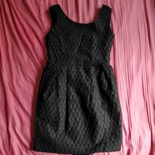 🚚 black tulip dress (:
