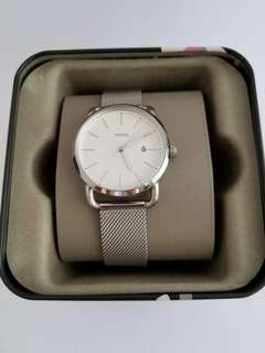 Fossil Women's Commuter Silver Stainless-Steel Mesh watch, P6,000 free shipping. 35 mm.
