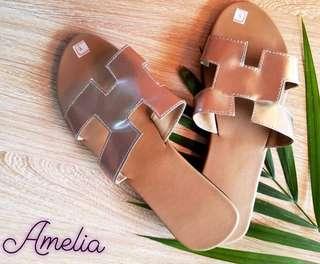 Amelia Sandal