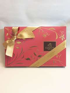 Godiva 32pcs assorted chocolate biscuits gift box 240gm, 全新,best before 17/12/2018, 原價$415