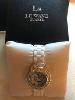 SK Time白色陶瓷水晶閃石女裝手錶
