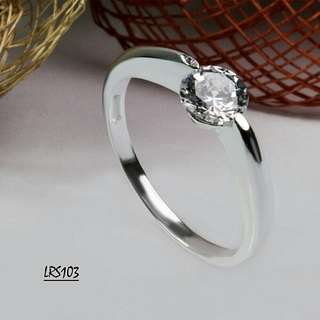 Genuine 925 Italy silver ladies ring