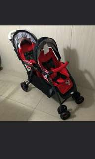 Light weight twin stroller