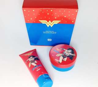 Bundle: Wonder Woman Body Scrub and Hand & Body Lotion Set