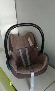 Maxi Cosi Cabriofix Carrier Infant Car Seat