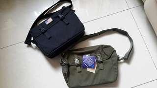 日本制軍用攜行掮包