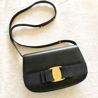 Ferragamo inspired Juno bag