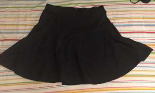 Black Circle/Fit and Flare skirt