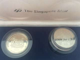 Singapore Ox Lunar Year $10 ( 2pcs) in Singapore Mint Box