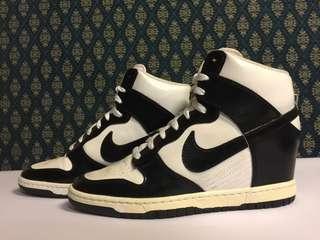 Nike High Top