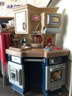 Little Tikes - Super Chef Kitchen Set