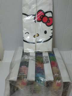 全新 麥當勞 x Hello Kitty - Kittybrick (18隻連軟硬特別版及Hello Kitty環保袋)