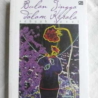 Buku Bulan Jingga Dalam Kepala - M. Fadjroel Rachman